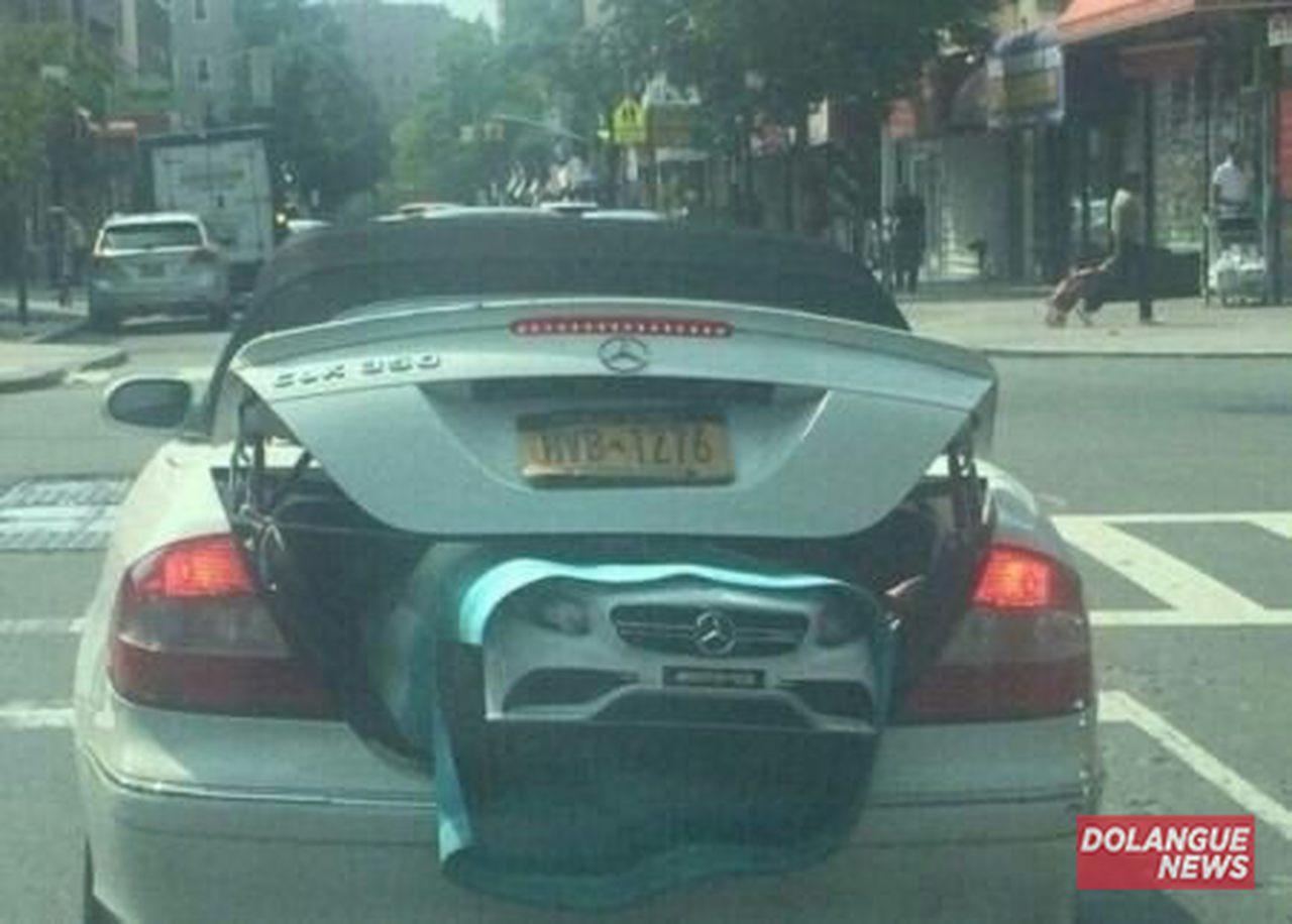 Emocionante! Carro é flagrado dando à luz em Curitiba