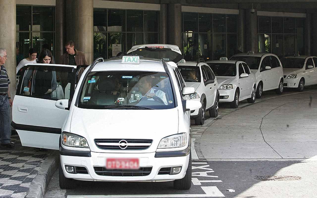 Taxista morador de Uberlândia pede que cidade mude nome para Taxilândia