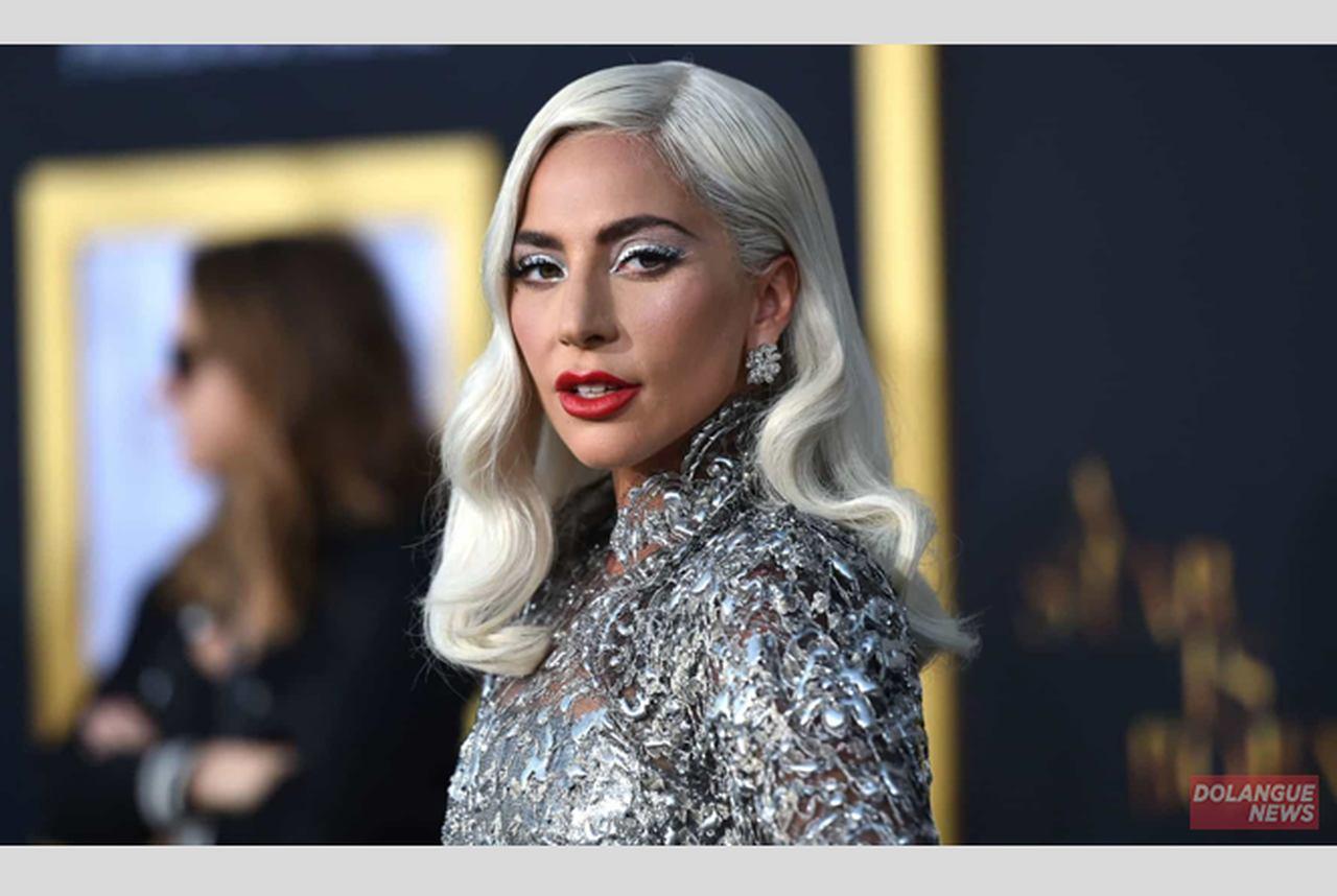 """Questionada se seria gaga quando criança, Lady Gaga dispara: Nanananão eu nanão era"""""""