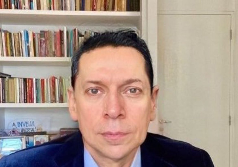Depois de Vin Diesel, Leandro Karnal aparece com cabelo e causa pânico