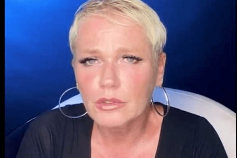 """Xuxa pede desculpas por ter feito pacto com o Diabo: """"Estraguei a vida dele"""", disparou"""